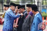 Wali Kota Makassar Terima Penghargaan Satyalencana