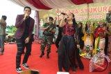 Arda Naff dan Tantri Kotak Hipnotis Ratusan Anggota TNI-Polri