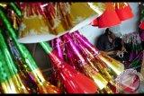 Penjual Terompet Menjamur Jelang Pergantian Tahun