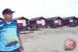 Wisatawan Penuhi Penginapan di Pantai Ujung Pandaran