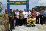 Wagub Nasrul Abit resmikan Pasar Ikan Higienis di Sikakap