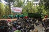 BBKSDA larang aktivitas pembuangan sampah di Camplong
