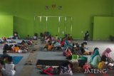 Floods displace hundreds of people in Kudus