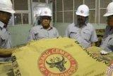 Sekolah Dumai terima bantuan air bersih dari Semen Padang