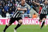 MU Dipencudangi Newcastle 0-1 Akibat Smalling Memilih Bersandiwara