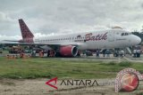 Penerbangan Monokwari-Surabaya terganggu akibat batik tergelincir