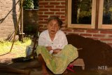 Pemkab bantu pembangunan rumah  nenek tuna netra