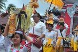 Ratusan umat Hindu Palembang ikuti upacara melasti