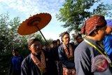 Ratusan masyarakat Yogyakarta ikuti labuhan ageng merapi