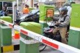 Tingkatkan Pelayanan, RSUD Indrasari Inhu Kelola Parkir dengan Pintu Elektrik