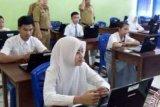 UN SMK di Riau Berjalan Lancar, 2 Sekolah Ujian Susulan Karena Tiang Listrik Roboh