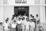 Peringatan Hari Kebangkitan Nasional, Pendirian SMA 1 Pekanbaru Tahun 1957, Tonggak Sejarah Pendidikan Riau