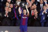 Barcelona persembahkan kemenangan pada laga terakhir Iniesta