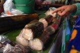 Lemang laris manis diserbu pembeli saat Ramadhan
