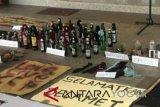 Polda DIY sita 55 botol molotov