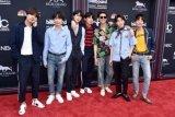 Di balik sukses album ketiga, BTS merasa tertekan dan kelelahan