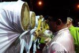 Puluhan mobil hias meriahkan takbiran di Karimun