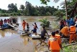 Tim penolong pendaki gunung meninggal terseret arus sungai