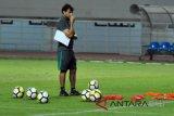 Legenda timnas lebih memilih Luis Milla tangani Garuda daripada Tae-Yong