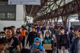 Volume Penumpang Stasiun Pasar Senen