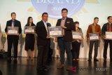SHARP Indonesia Ukir Dua Prestasi Baru untuk Mesin Cuci dan Air Purifier