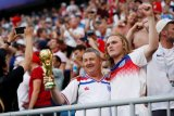 Media massa Inggris sanjung Three Lions lolos ke semifinal