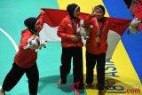 Medali Emas Pencak Silat Seni Beregu Putri Indonesia
