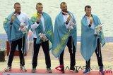 Medali Emas Kayak Empat Putra