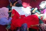 Perayaan HUT Kemerdekaan, Bukit Asam gelar lomba menjahit Bendera Merah Putih dengan tangan