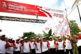 Dirut Pupuk Indonesia Lepas Jalan Sehat Perbatasan