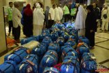 Berisi cairan, satu truk koper jemaah haji dikembalikan ke hotel
