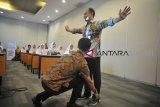 Angkasa Pura II dan Indofarma perkenalkan BUMN pada SMN
