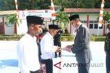 Wakili Menkumham Bupati Sitaro Serahkan Remisi di Lapas Ulu