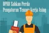 DPRD Sahkan Perda Pengaturan Tenaga Kerja Asing