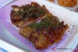 Renyahnya ayam goreng bumbu Asia dari O M JI