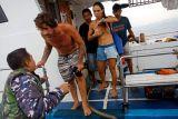 Kapal pengangkut turis bocor saat menuju Mentawai, satu tewas