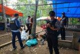 Polisi grebek arena judi sabung ayam
