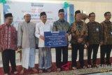 BI Serahkan mesin bordir Ponpes Assalam Manado