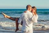Wisata kapal pesiar menjadi salah satu pilihan pasangan baru nikah