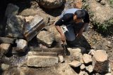 Penelitian struktur batuan candi Ngempon