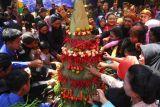 Tradisi grebeg satu Suro