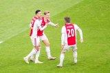 Ajax mantap di puncak lantaran PSV tergelincir