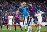 Kiper Real Madrid alami cedera pinggul