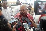 Gubernur Papua minta konflik Pegubin segera diselesaikan