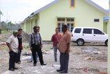 LPMAK bangun 45 rumah warga tiga kampung