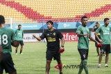 Pelatih Sriwijaya FC pantang