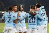 Manchester City tundukan Schalke dengan 10 pemain