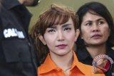 Roro Fitria syok dijatuhi vonis empat tahun penjara