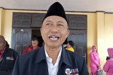 Mimika bantu hunian sementara-sekolah darurat di Palu
