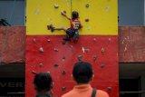 Edukasi Wall Climbing bagi Anak